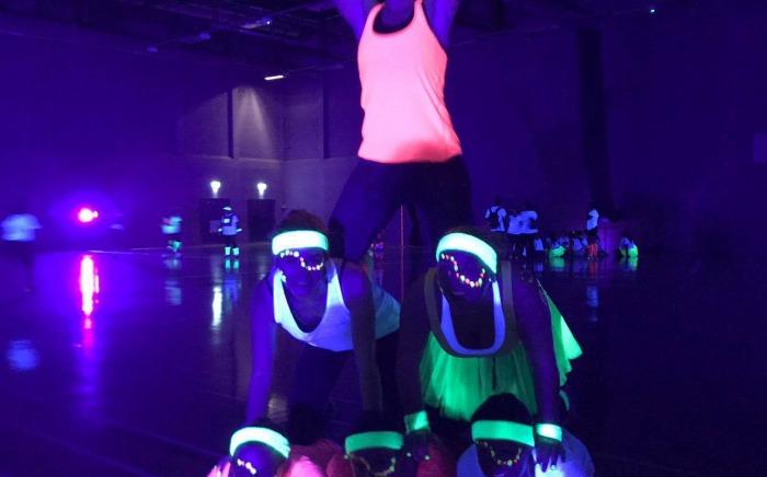 Glow netball